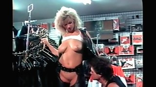 Deepthroat.XXX Old-school pornography Backdoor to HarleyWood two