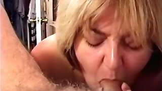 Fledgling Cougar Wifey - Sucking Man-meat & Drinking A Blast Of Jism