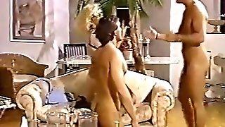 Joy Karins Massive Tits - Hos