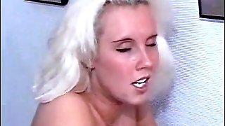 Anna blonde swedish